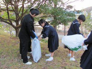 ボランティア活動中の写真