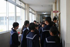 学校見学の写真